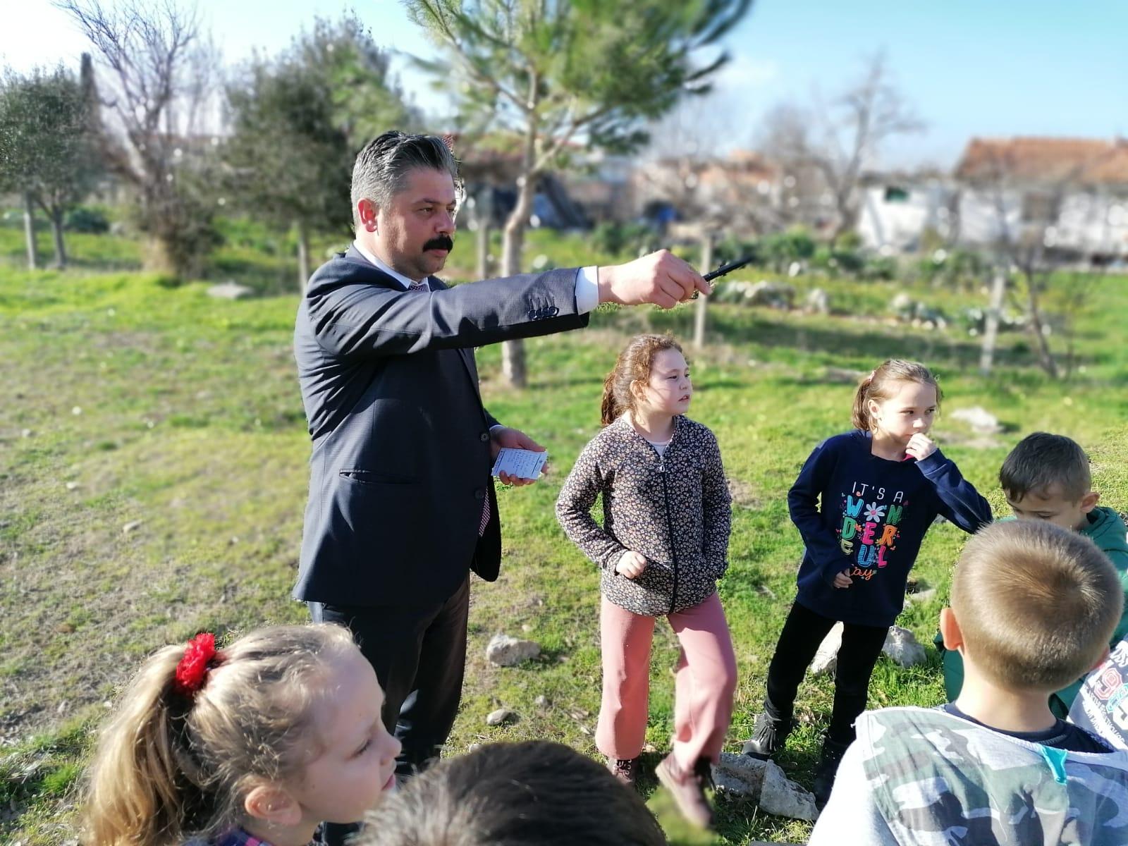 Bayramiç Belediyesi, 23 Nisan coşkusunu çocukların ayağına götürdü