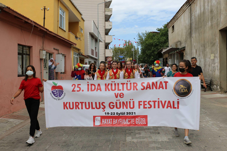 25. İda Kültür Sanat ve Kurtuluş Günü Festivali, Bayramiç'e heyecan kattı